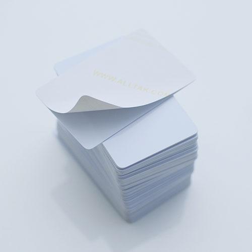 cartão pvc adesivado branco