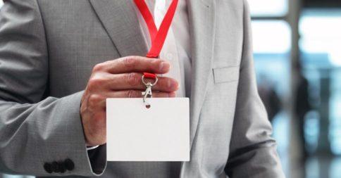 Como criar credencial para um evento corporativo?