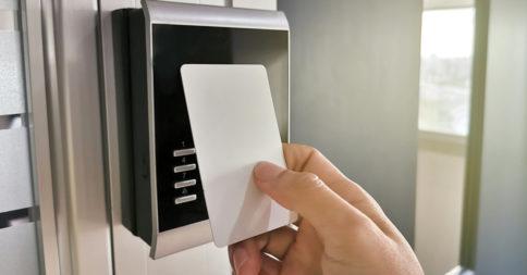 Entenda como funciona o cartão de proximidade e as vantagens dele!